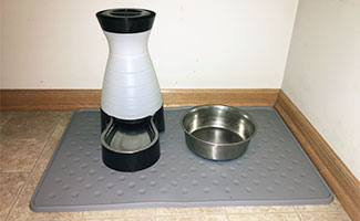 PetFusion Pet Food Mat with waterbowl and bowl on top